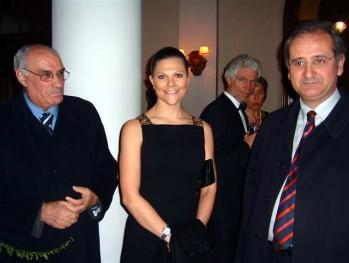 Taormina, 30 gennaio 2009. S.A.R. la Principessa Vittoria di Svezia è stata insignita del titolo di Amica Onoraria di Salvatore Quasimodo.