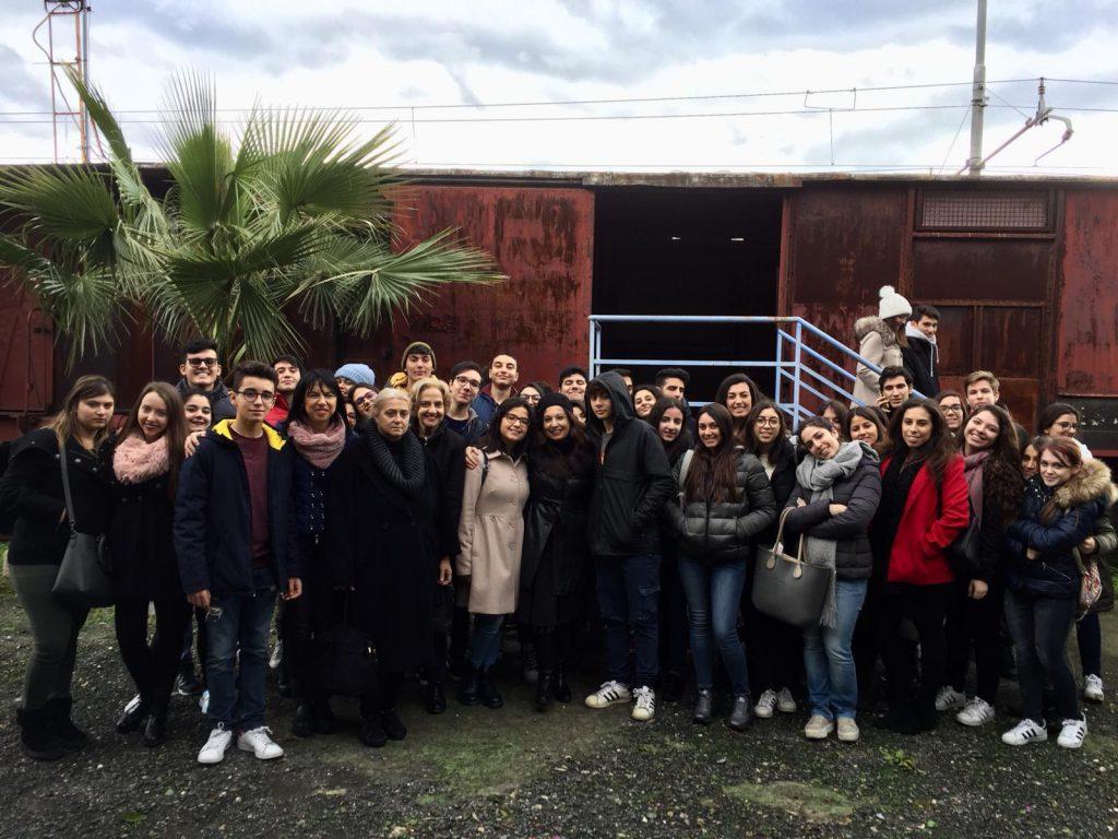 """Gli studenti del prestigioso Liceo """"Maurolico"""" di Messina al Parco Letterario Quasimodo"""