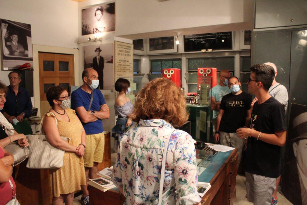 1ª Visita Notturna del Parco Letterario Salvatore Quasimodo e della Torre Saracena.